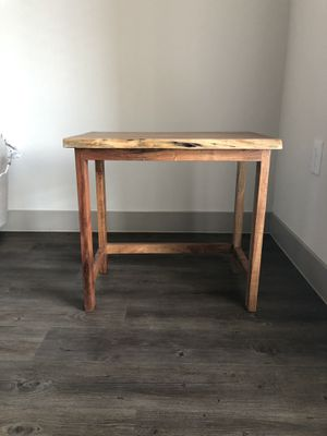 Wooden end table for Sale in Franklin, TN