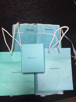 Five piece Tiffany set PRICE JUST REDUCED TO SELL for Sale in San Bruno, CA