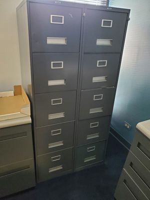 5 Drawer metal file cabinet for Sale in Willowbrook, IL