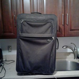 Large Luggage Bag for Sale in Queens, NY