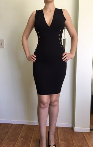 ELEGANT COCKTAIL LACE UP DRESS SIZE SMALL for Sale in Los Angeles, CA