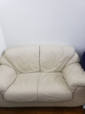 Sofa for Sale in North Miami Beach, FL