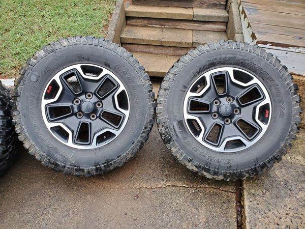 """Jeep Wrangler Rubicon 17"""" Wheels with BFG Mud Tires"""