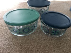Glass Round Pyrex storage for Sale in Irvine, CA