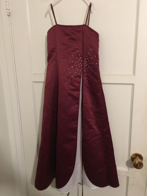 Girl dress burgundy color for Sale in Lakewood, CA