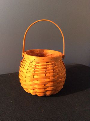 Longaberger Pumpkin Basket for Sale in Ridgewood, NJ