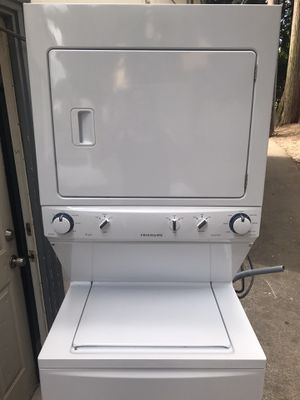 """27"""" Frigidaire stackable washer and dryer for Sale in Portland, OR"""