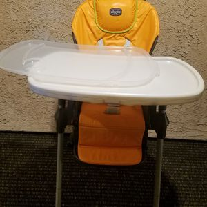 Chicco high chair Great Condition for Sale in Santa Ana, CA