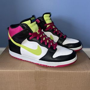 """Nike Dunk High """"London"""" Size 12 Fireberry/Volt Preowned for Sale in Dunlap, IL"""