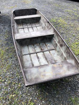 12 ft Jon boat for Sale in Stockbridge, MA