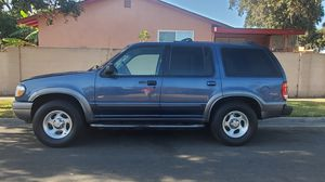 2001 ford explorer XLT everything works plate is good running reliable 230k a/c good for Sale in Santa Ana, CA