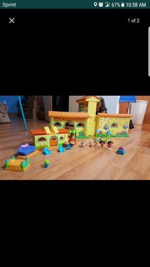 Dora play house with Lego set for Sale in Crofton, MD