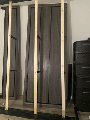 King size bed frame for Sale in Fort Lauderdale, FL