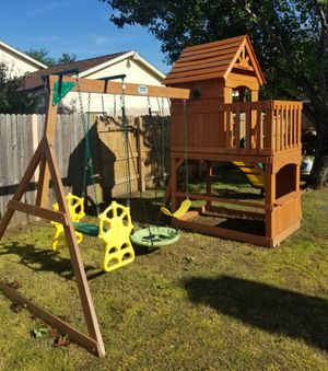 Backyard Discovery Set for kids for Sale in Arlington, TX