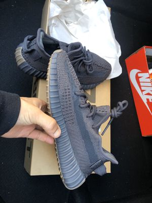 Yeezy Cinder Size 8 for Sale in Ontario, CA