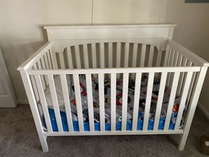 Graco baby crib & twin loft bed for Sale in Burtonsville, MD