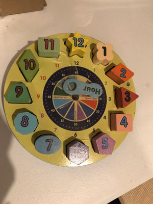 Melissa & Doug shape sorting clock for Sale in Virginia Beach, VA