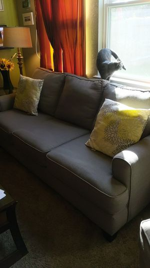 Barely used gray couch for Sale in Houston, TX
