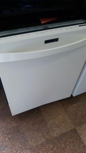 Kenmore elite dishwasher excellent condition for Sale in Halethorpe, MD