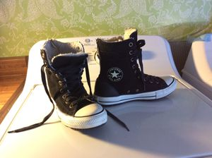 Very cool super high top CONVERSE classics style with boot fur design warm comfy 8 women's zipper back regular laces for Sale in Santee, CA
