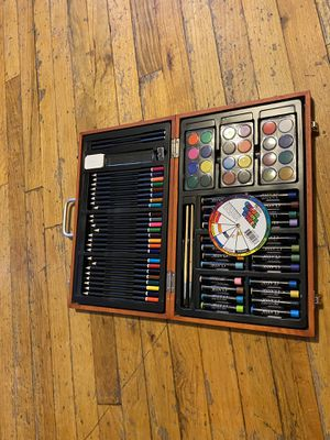 83 - Piece Wood Box Artist Set Contains 83 Unique Items for Sale in Queens, NY