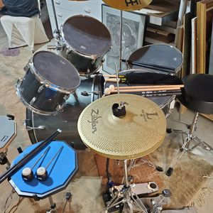 Drum Set for Sale in Dacula, GA