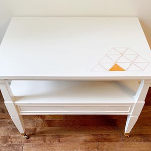 Mid-Century Modern Night Stand End Table White Wood Bedside Table for Sale in Monroe Township, NJ