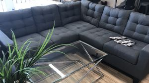 Grey sectional 🎈🎈🎈 for Sale in Fresno, CA