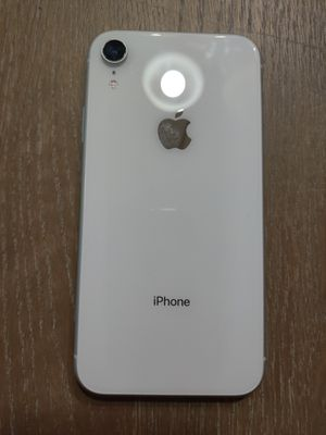 T Mobile iPhone XR for Sale in Bakersfield, CA