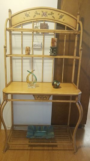 Beautiful baker's rack for Sale in Gig Harbor, WA