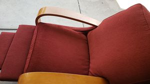Lazy Boy chair red for Sale in HUNTINGTN BCH, CA