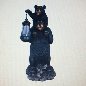 Daddy Bear 🐻 carrying baby 👶 bear with solar light for Sale in Westminster, CA