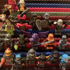 LEGO Mini Figures for Sale in Oregon City, OR