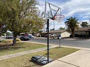 Lifetime, adjustable basketball hoop for Sale in Chandler, AZ