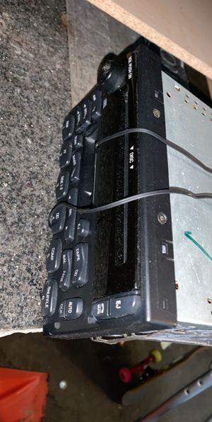 Ford stereo system 99-01 for Sale in Mountlake Terrace, WA