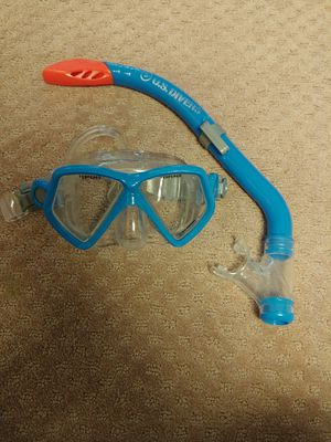 Kid's snorkel and mask for Sale in Chesterfield, MO