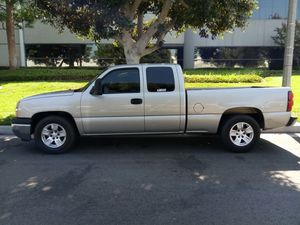 2005 Chevy Silverado V.8 4.8 Liters clean title in hand UTD registration $5,950 o.b.o serious inquiries only for Sale in Ontario, CA