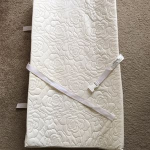 Baby changing Pad for Sale in Santa Clara, CA