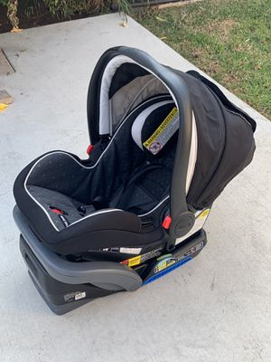 Baby car seat for Sale in Hawthorne, CA