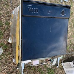 Microwave, Dishwasher, Electric Stove, And Sink? for Sale in San Angelo,  TX