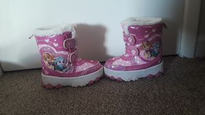 Toddler Girl Snow boots sites 7 in excellent condition for Sale in Renton, WA