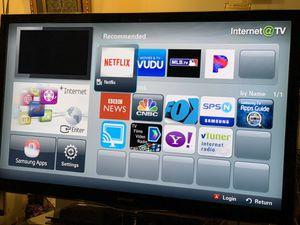 Samsung 55 inch smart TV with remote $375 for Sale in Alexandria, VA