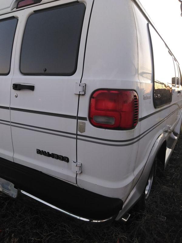 01 Dodge conversion van