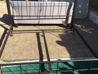 Complete King Sized Bed frame !!! $115 obo for Sale in Los Angeles,  CA