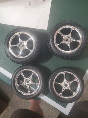 Brushed bandit tires for Sale in Menifee, CA
