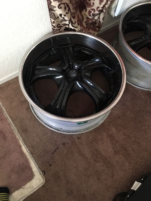 22 inch rims for Sale in Downey, CA