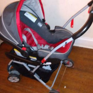 Car seat With Stroller for Sale in Columbus, OH