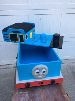 Thomas the Train Toy Chest and Seat for Sale in Cumming, GA