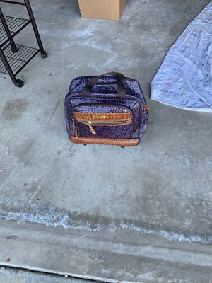 Beautiful Free rolling tote for Sale in Oceanside, CA