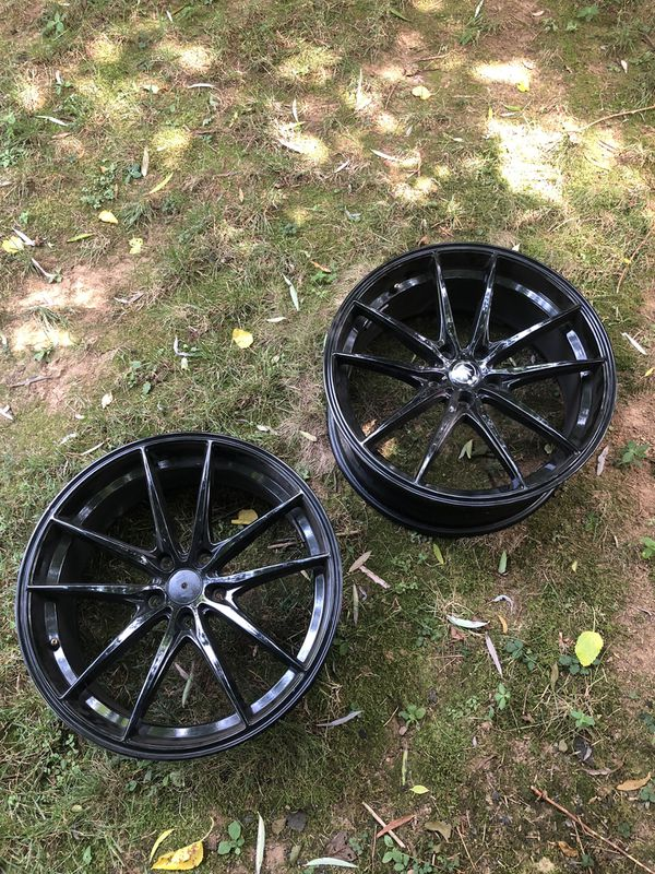 4 Gloss Black Konig Wheels (2 of them are in tires)